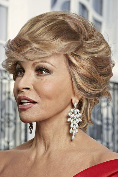 Raquel Welch Wigs - Hollywood & Divine side 2