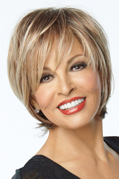 Raquel Welch Wigs : On the Town - Front 2