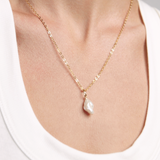 KESHI PEARL NECKLACE - GOLD