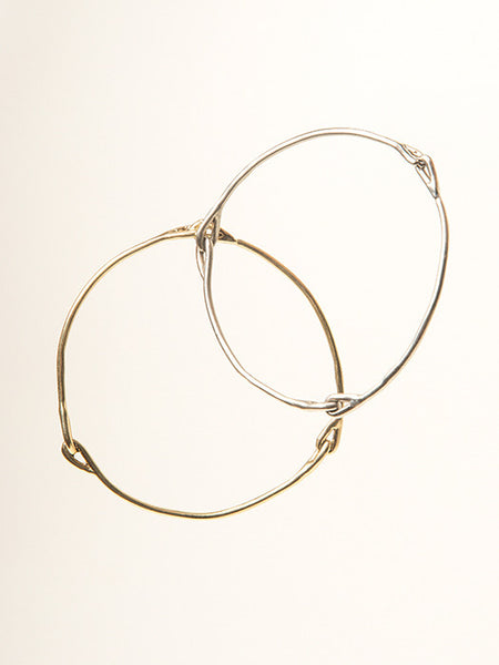 Knot Bangle in Gold - Founders & Followers - Ladyluna - 2