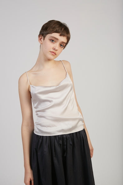 Benve silk stretch top in Silver