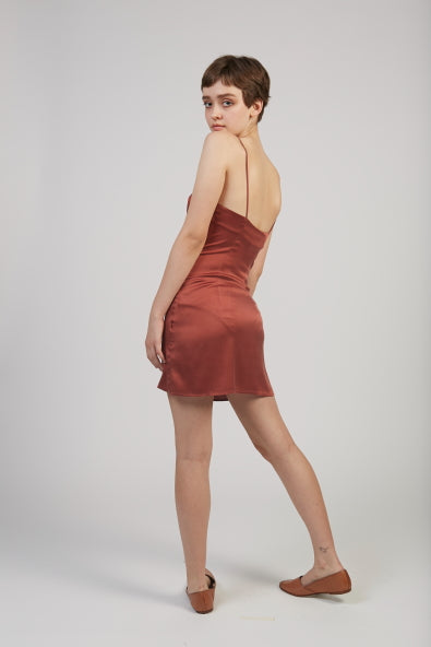 Altavista silk stretch dress in burgundy
