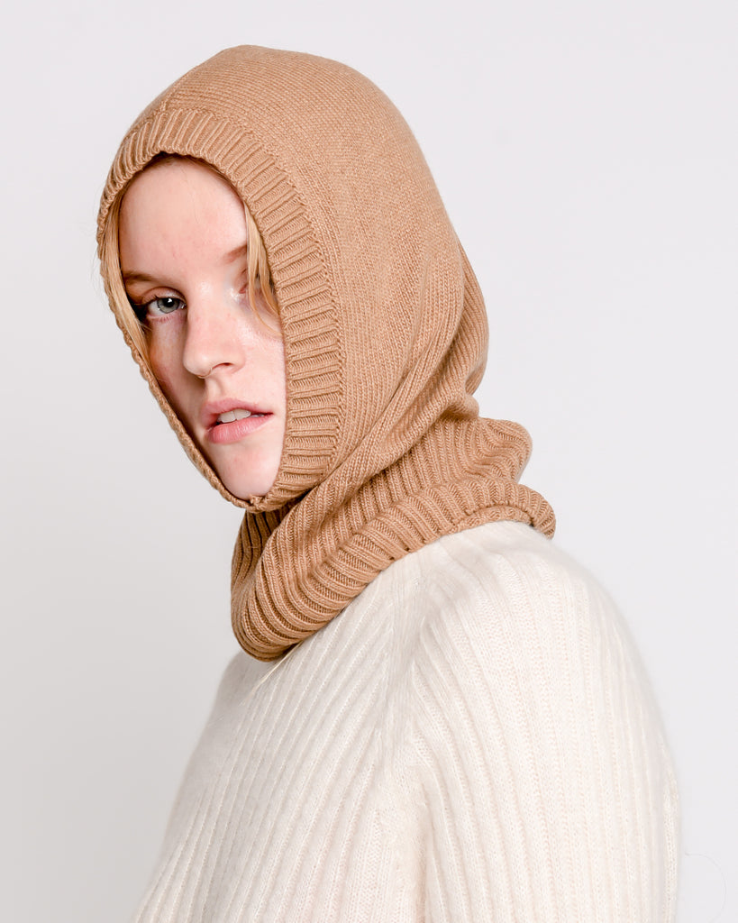 Miley knit baclava in camel