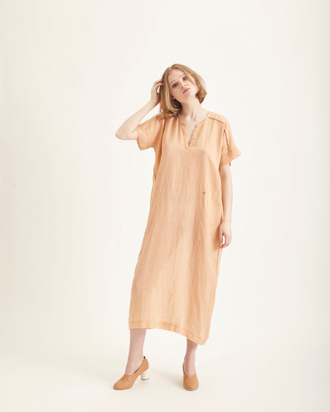 Mage dress in apricot