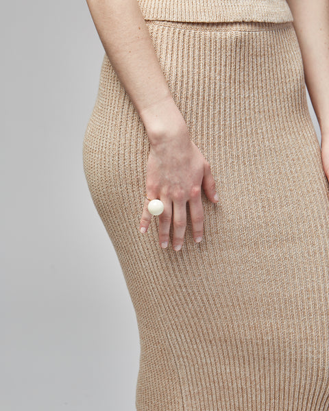 Lollipop ring in ivory
