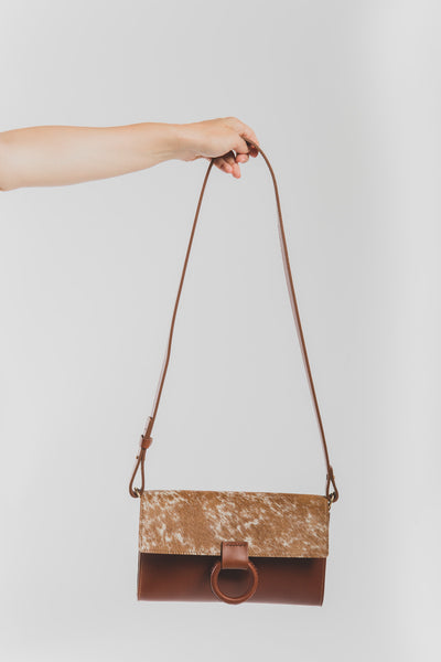 Mono clutch in saddle brown and speckled hair
