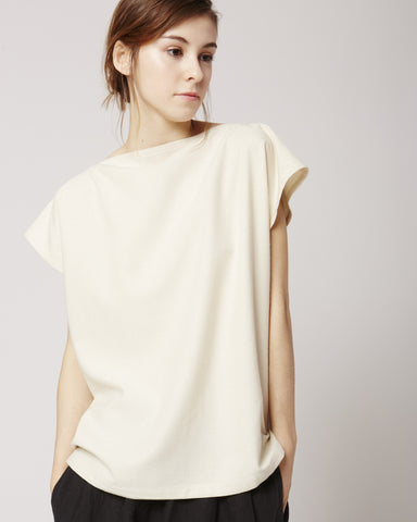 Shankar raw silk tee in off white