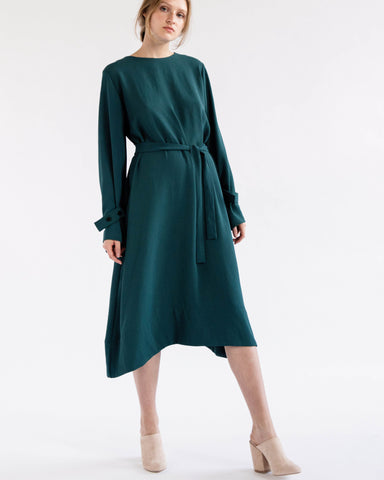 Anya dress in dark green