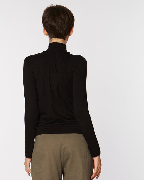 Soft Jersey Turtleneck in black