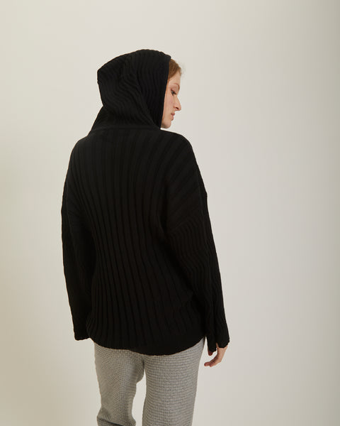 Wide sleeves wavy stitch hoodie