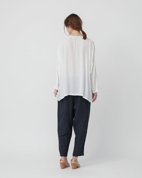 Crushed Cotton Shirt in Off-White - Founders & Followers - Revisited Matters - 3
