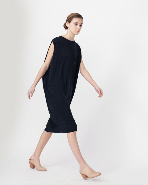 Cocoon Linen Sweater Dress - Founders & Followers - Achro - 4