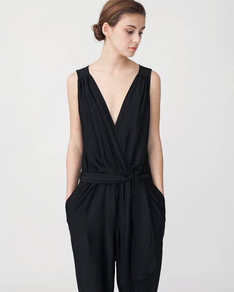 Victoire Jumpsuit in Black - Founders & Followers - Sessun - 5