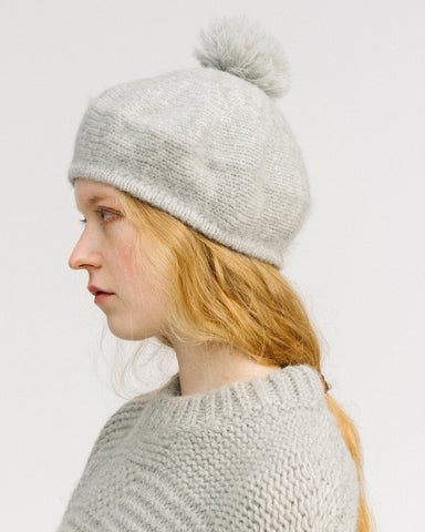 pom pom alpaca beret in grey heather
