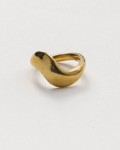 Ola ring in brass