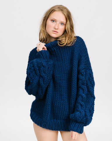 Diamond sleeves sweater in navy