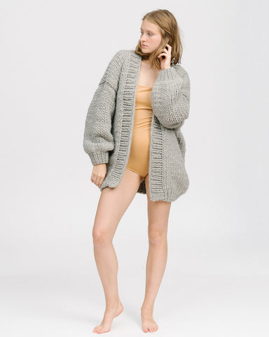 The cardigan in grey