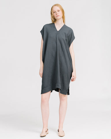 Crescent dress in graphite