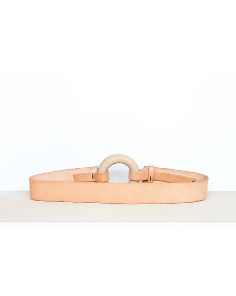 Circle belt in nude