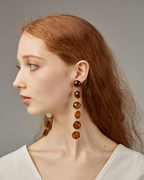 Tallulah earrings in amber