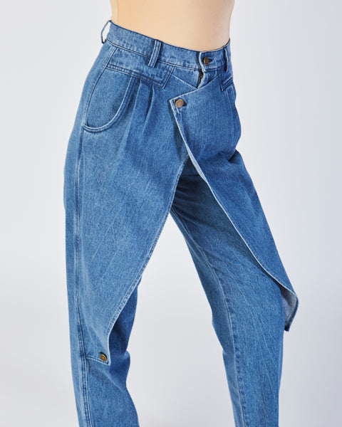 Front flap jeans in denim