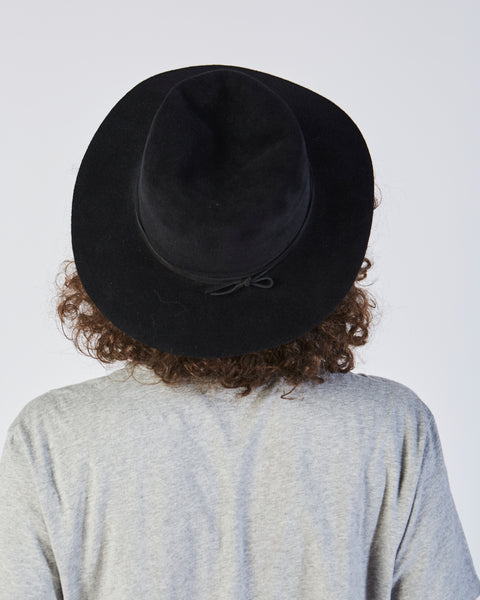 Pinch Hat in Black Angora