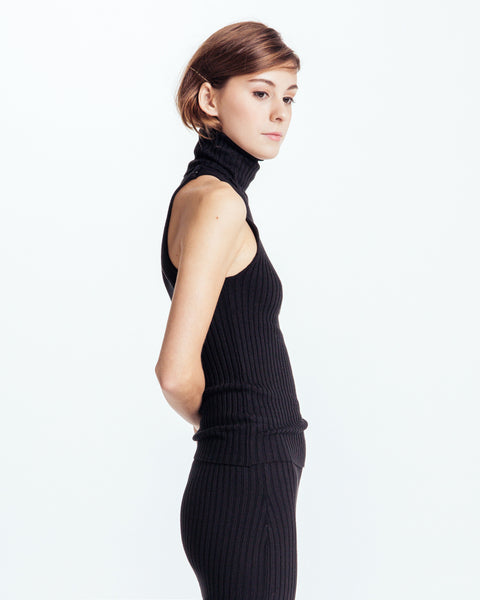 Nonna sleeveless turtleneck in Black - Founders & Followers - Giu Giu - 2