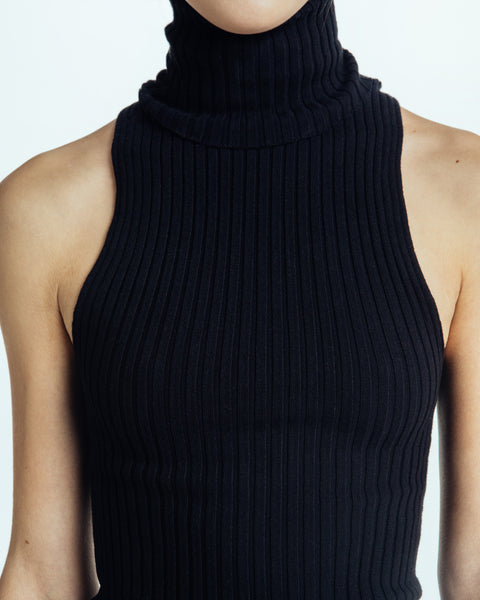 Nonna sleeveless turtleneck in Black - Founders & Followers - Giu Giu - 4