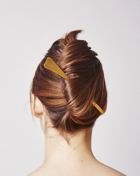 Hairpin 011 in Matte gold