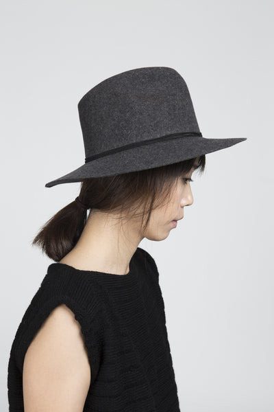 Pinch Hat in Grey Wool felt - Founders & Followers - Clyde - 2