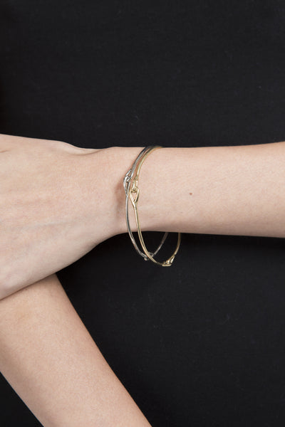 Knot Bangle in Gold - Founders & Followers - Ladyluna - 5