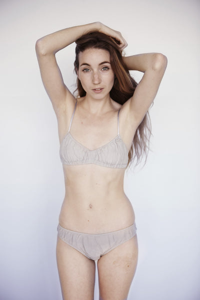 Bassett Bra - Founders & Followers - LHOOQ - 8