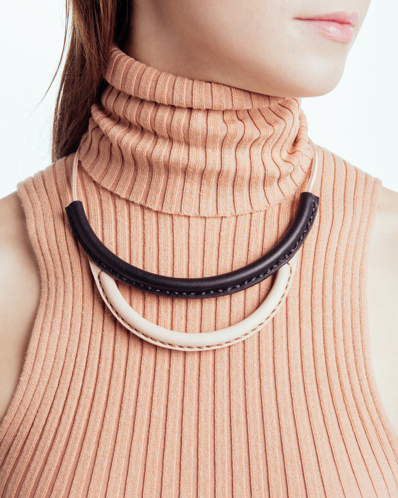 Arc Necklace - Founders & Followers - Crescioni - 1