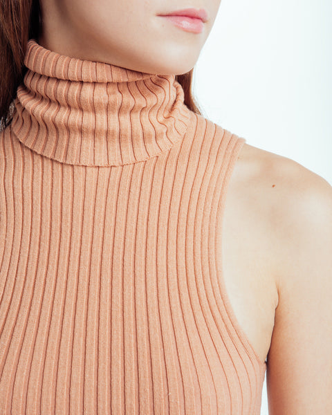 Nonna sleeveless turtleneck in Bandaid - Founders & Followers - Giu Giu - 4
