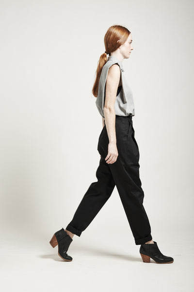 High-Waisted Tapered Pants - Founders & Followers - Suzanne Rae - 7