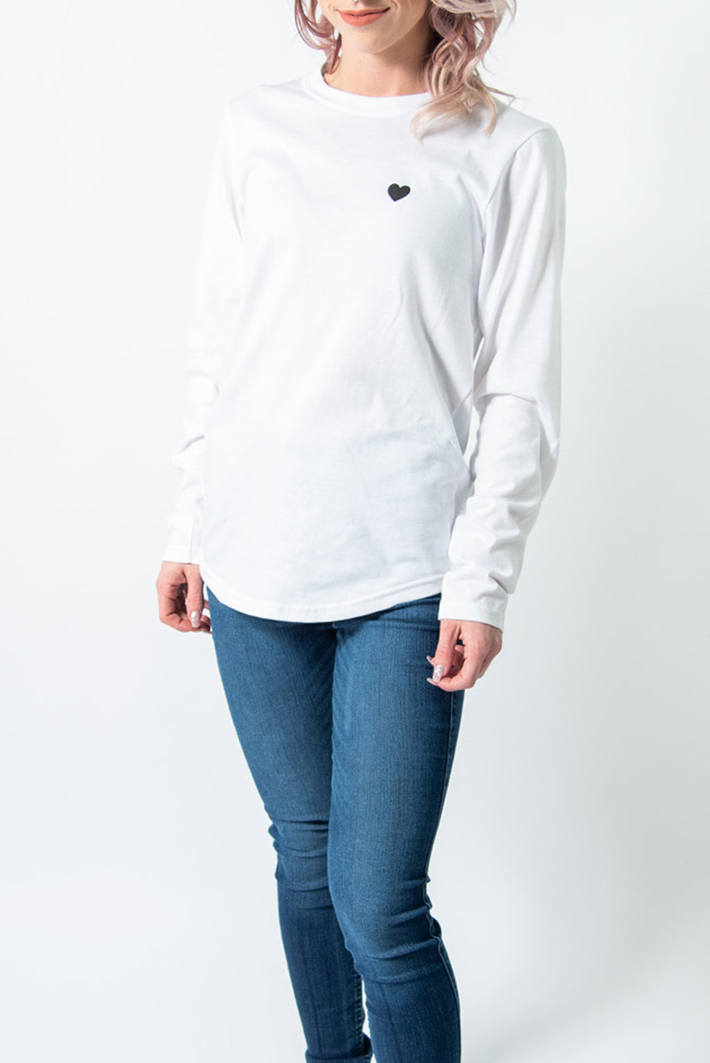 LOCAL LOVE HEART SCOOP LS WHITE