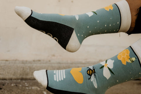 Save the Bees Socks Woven Pear