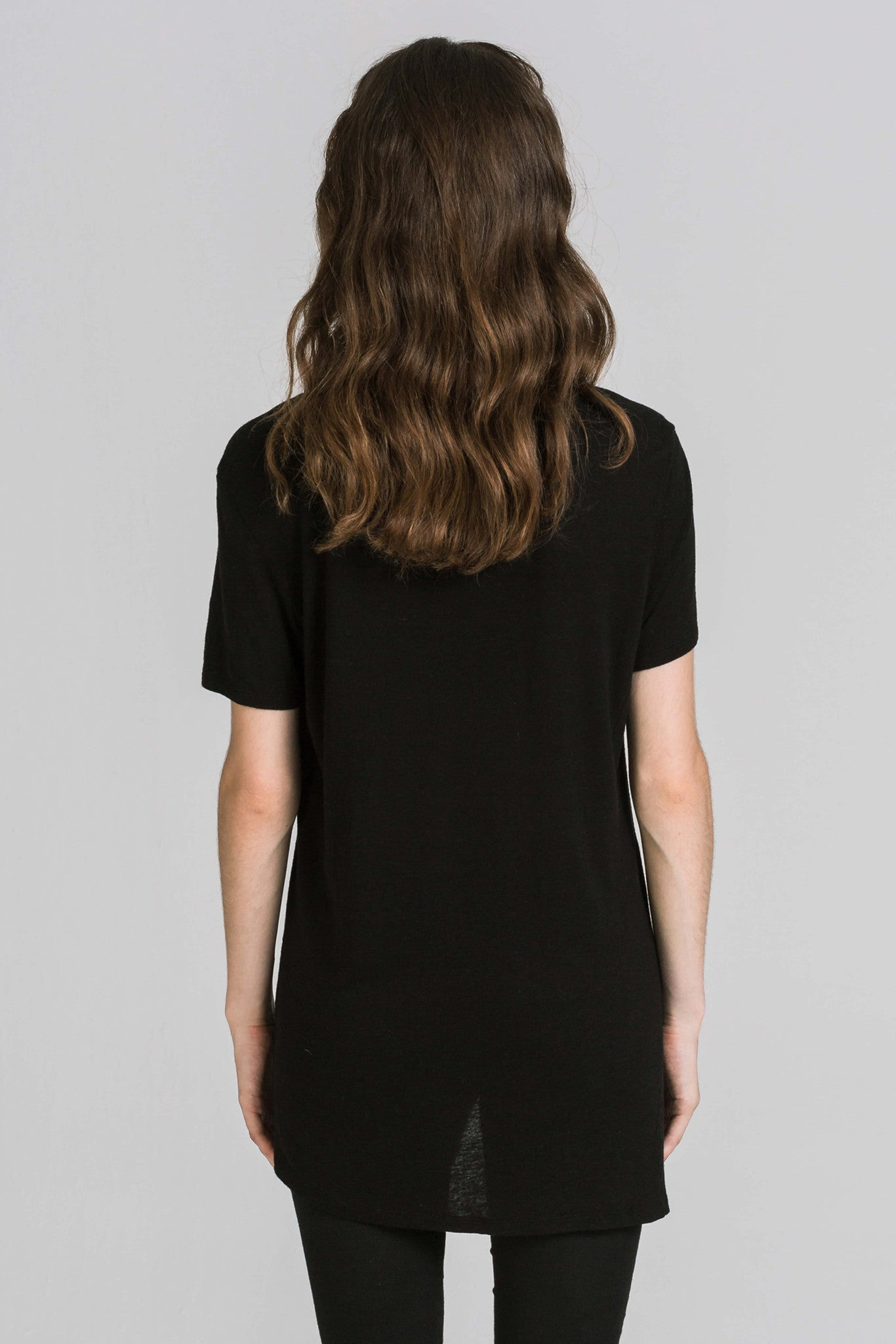 ONE NIGHT BLACK TEE