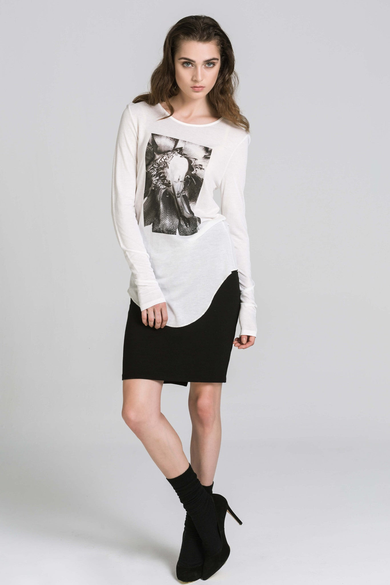 FLOWER POWER LS WHITE TEE