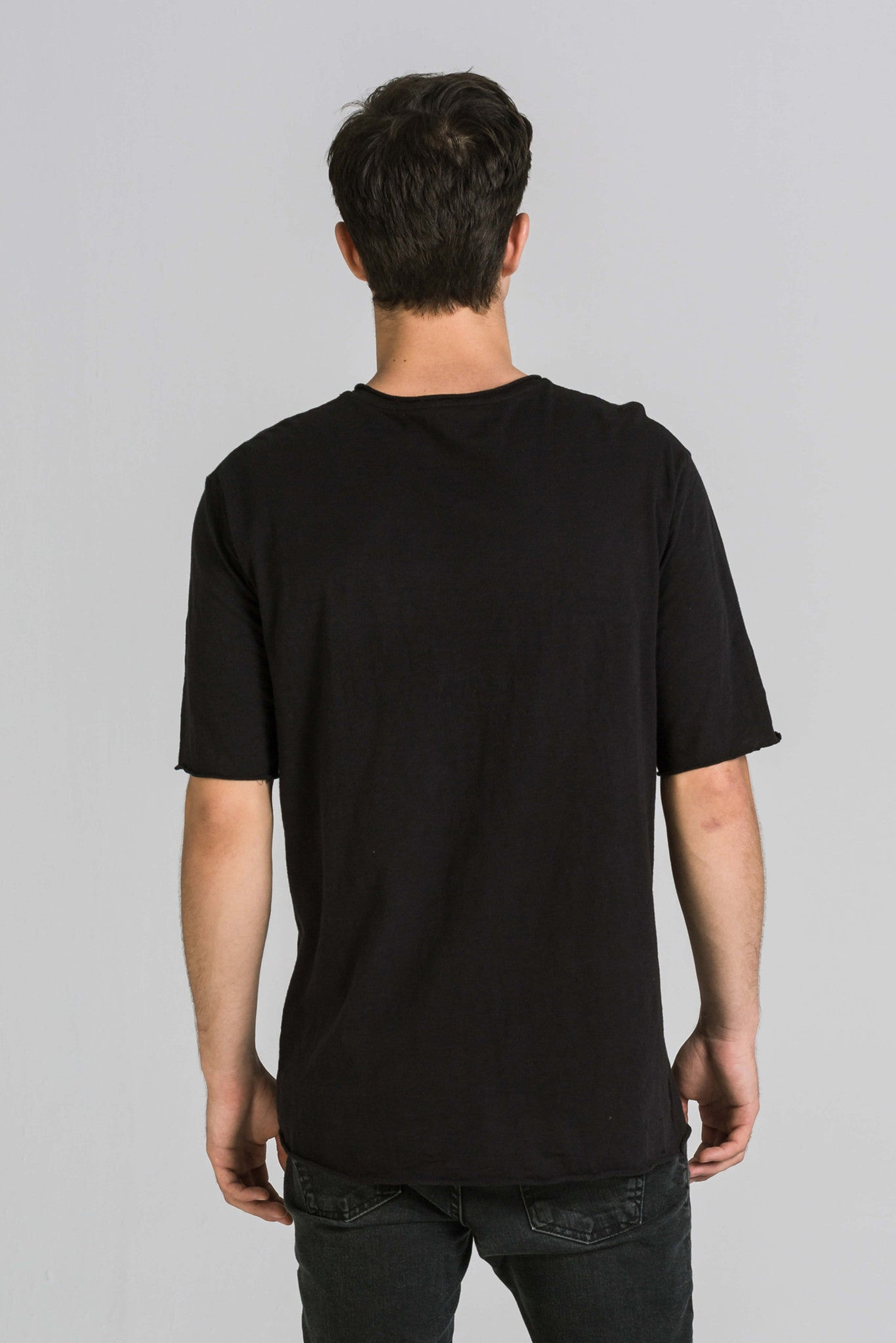 ACCURATE BLACK TEE