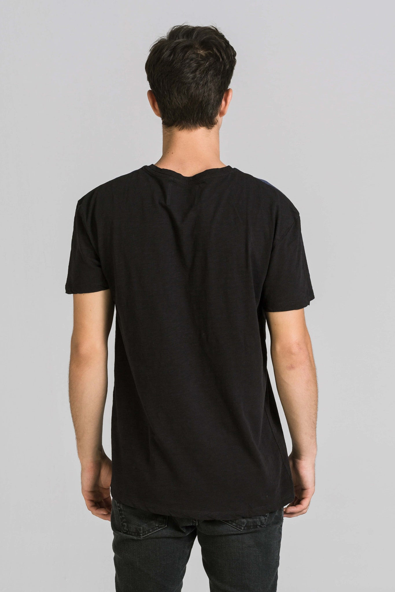 GOOD NEWS BLACK TEE