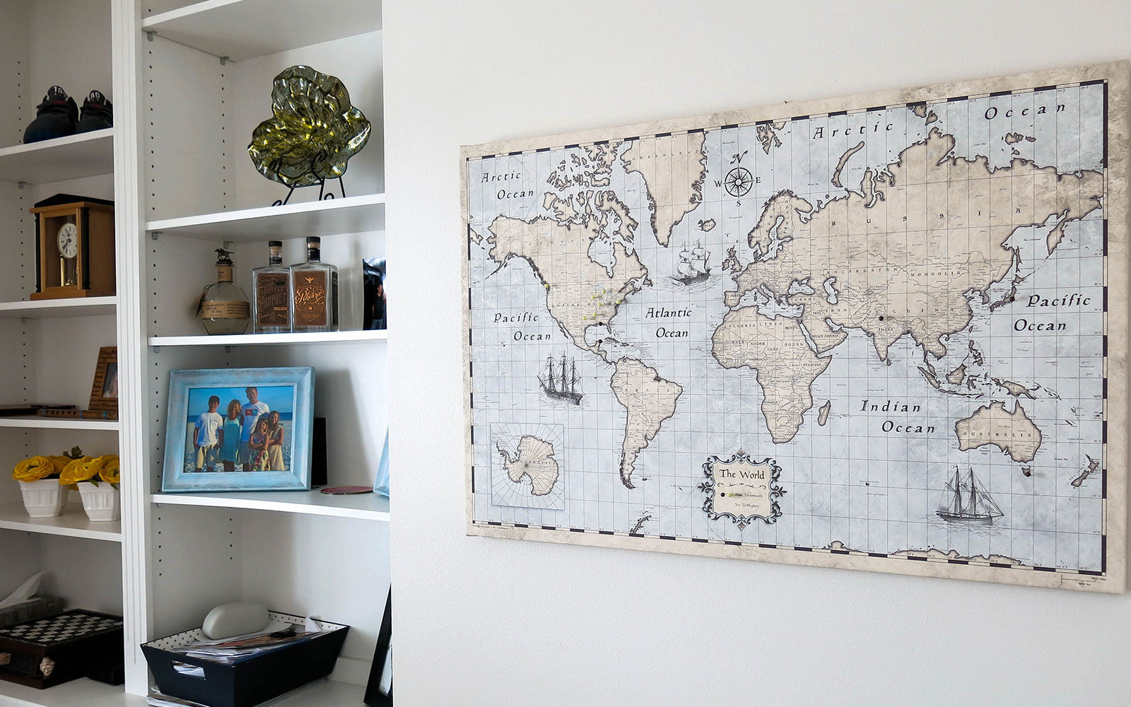 World usa travel maps pin boards push pins posters we make everywhere else in the world as economic as possible too with expedited options available to most places gumiabroncs Image collections