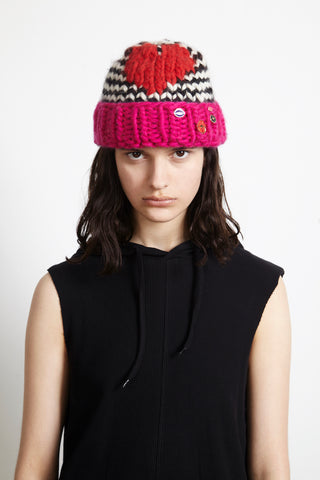 9413c00081e48 Beanies have been spotted during fashion month in the main fashion capitals