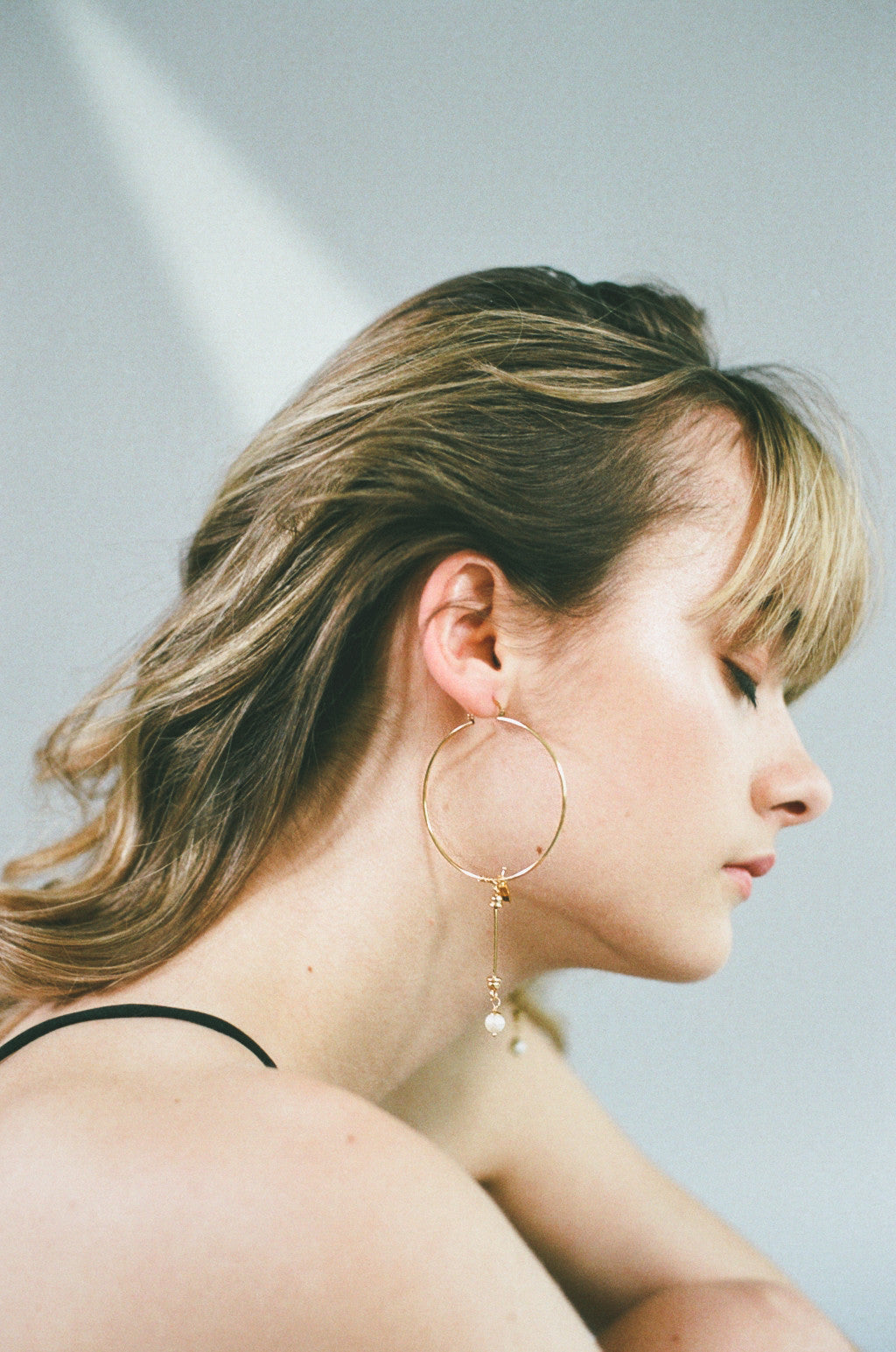THE REBIRTH Hoop Pearl Earrings