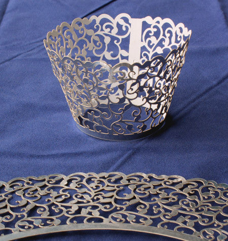 Cupcake Wrapper Metallic Silver Filligree