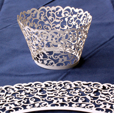 Cupcake Wrapper Pearl White Filligree