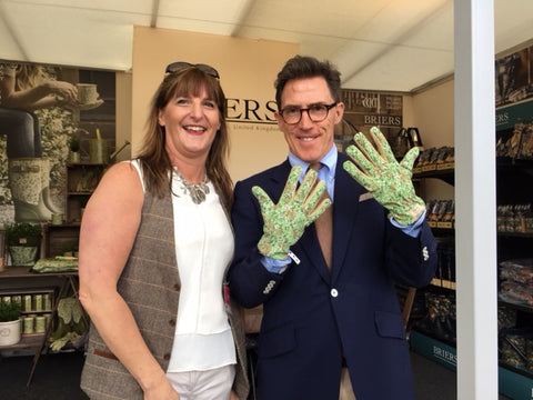 RHS Chelsea 2016 press day celebrity #gluvie Rob Brydon