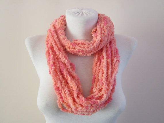 Simple Multi-strand Hand Crocheted Fashion Infinity Scarf - Pink