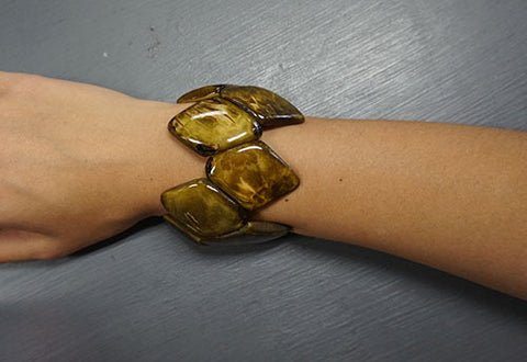 Emika Gifts Tagua Turtle Shell Bracelet - CleverElement