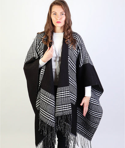 Layla Cape : Black